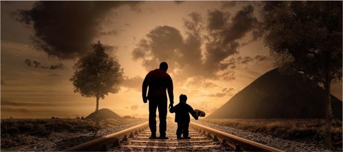 Berbakti Kepada Kedua Orang Tua Berbuah Pahala Andhika Haryawan S World